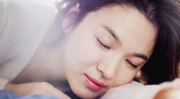 Mặt nạ ngủ - Thần dược giúp sáng da chỉ sau 1 đêm