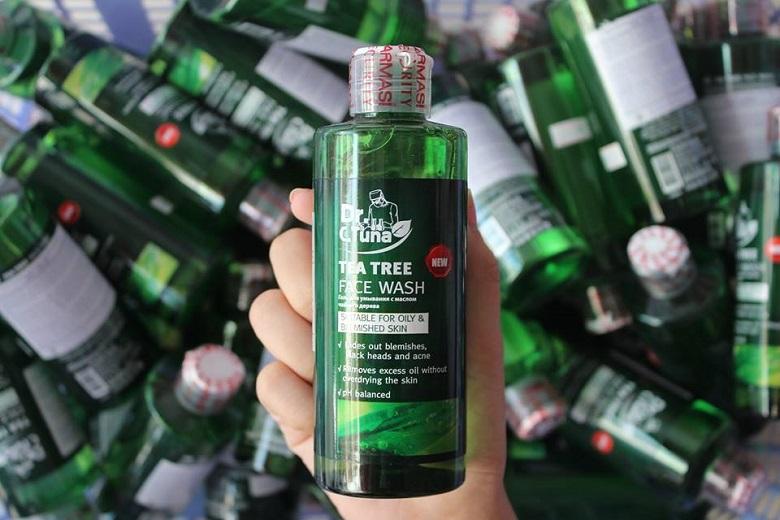 gel-rua-mat-tri-mun-farmasi-dr-c-tuna-tea-tree-face-wash-225ml