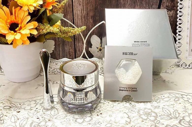 Kem dưỡng trắng da Sum37 White Award Ampoule In Cream 45g Hàn Quốc Bevita