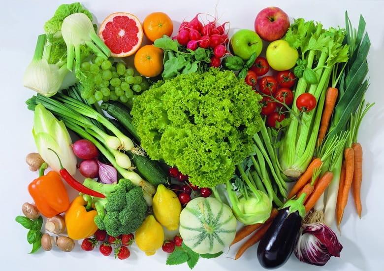 Chế độ ăn uống khoa học sẽ hỗ trợ trị mụn dậy thì hiệu quả