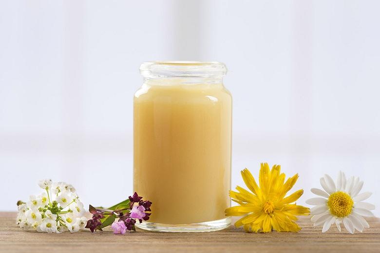 Thành phần trong Mỹ Nhân Hoàng Cung có sữa ong chúa