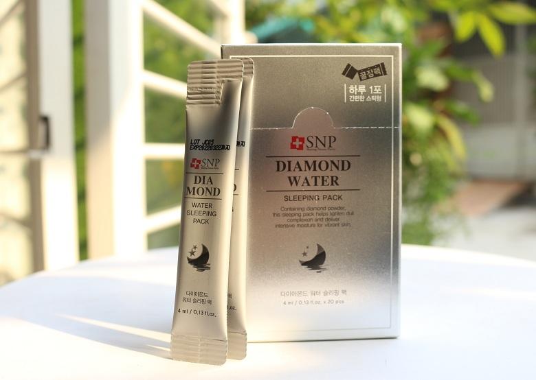 Mặt nạ ngủ dưỡng ẩm SNP Diamond Water Sleeping Pack 20x4ml