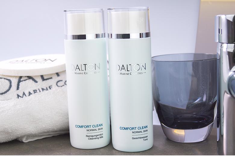Công dụng nước hoa hồng chống lão hóa cho da thường Dalton Comfort Clean Normal Skin Tonic Lotion 200ml