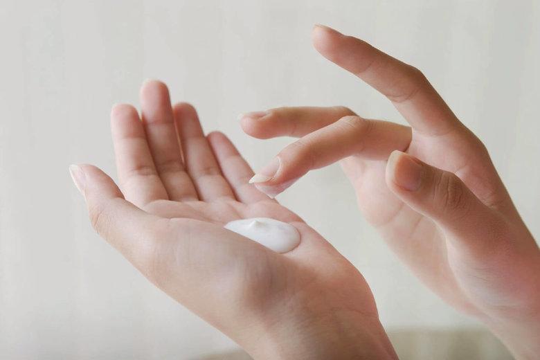 Peel da tại spa chăm sóc