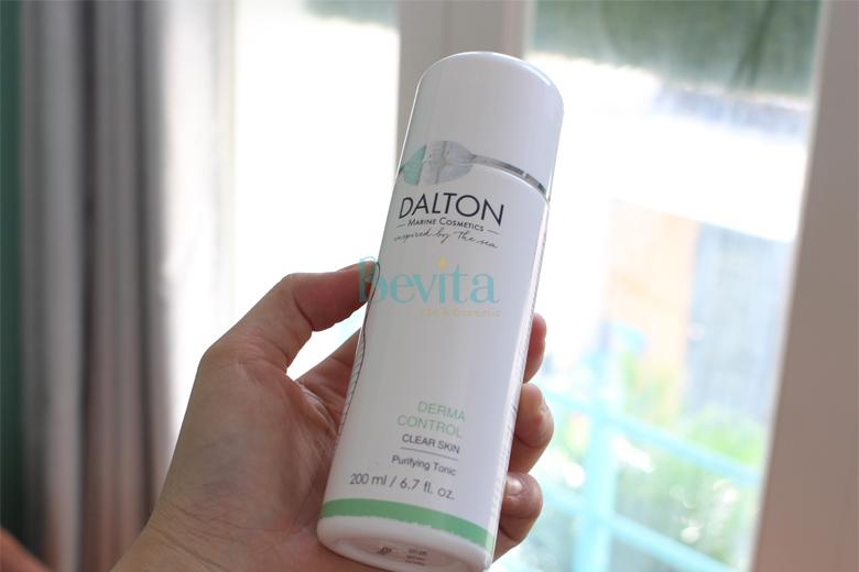Công dụng nước hoa hồng cho da dầu mụn Dalton Purifying Tonic 200ml