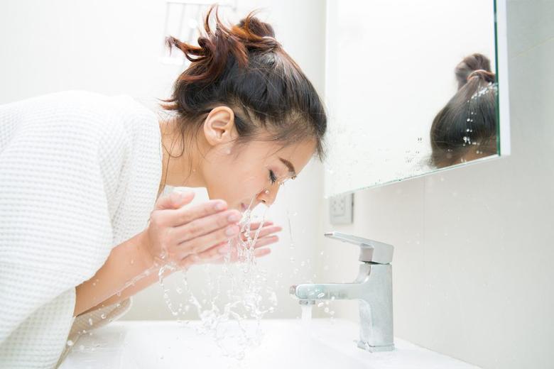 Double Cleansing: Quy trình rửa mặt sạch sâu