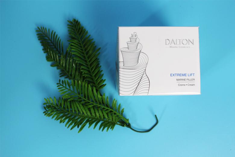 Tác dụng kem dưỡng ẩm làm đầy nếp nhăn Dalton Extreme lift Cream 50ml