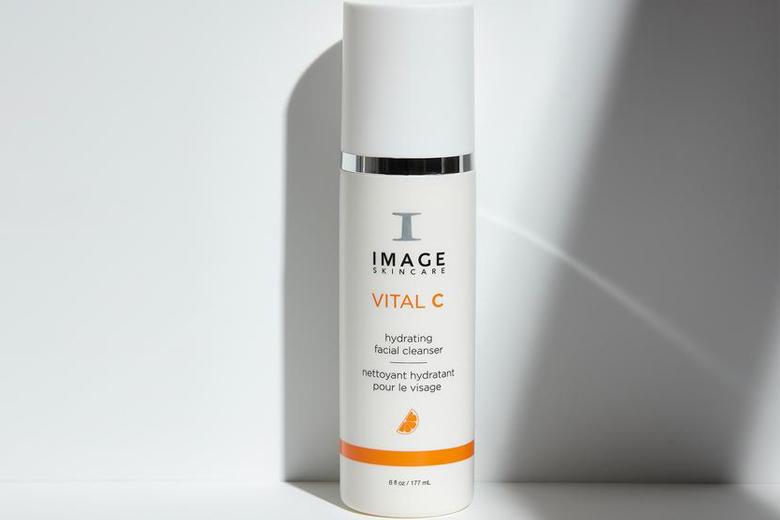 Tác dụng sữa rửa mặt cấp ẩm sáng da Image Vital C Hydarting Facial Cleanser 177ml